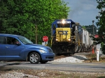 CSX 8571 is about to have some blue paint chips on its plow